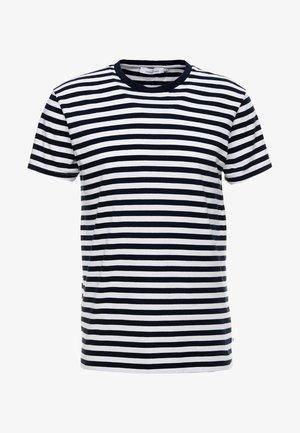PATRICK - T-shirt print - sapphire/white