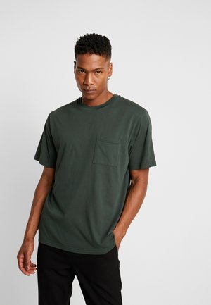 BEVTOFT  - T-shirt basic - deep forest