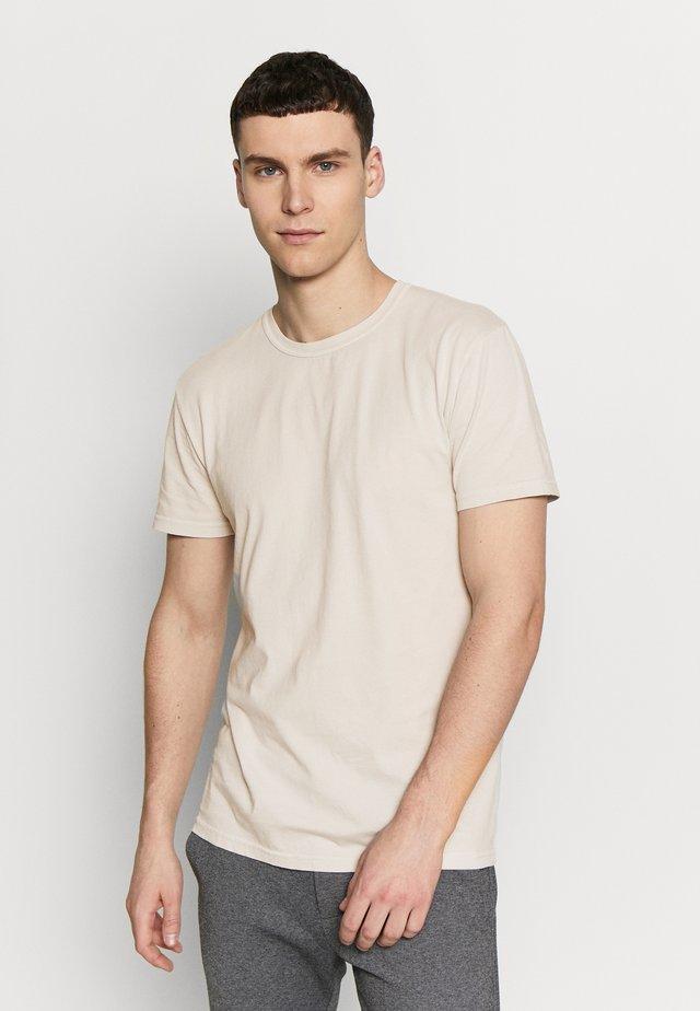 TOM - T-Shirt basic - wind charm