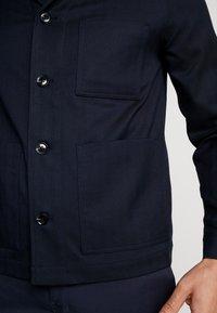 Samsøe Samsøe - NEW WORKER JACKET - Summer jacket - dark sapphire - 4