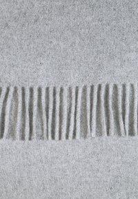 Samsøe Samsøe - ACCOLA MAXI SCARF  - Huivi - grey melange - 2