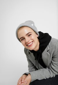 Samsøe Samsøe - THE BEANIE 2280 - Beanie - grey - 3