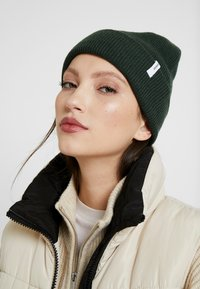 Samsøe Samsøe - THE BEANIE - Beanie - deep forest - 3