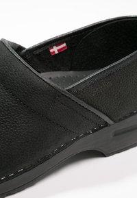 Sanita - PROFESSIONAL - Slipper - black - 5