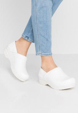ORIGINAL-PROF. - Nazouvací boty - white