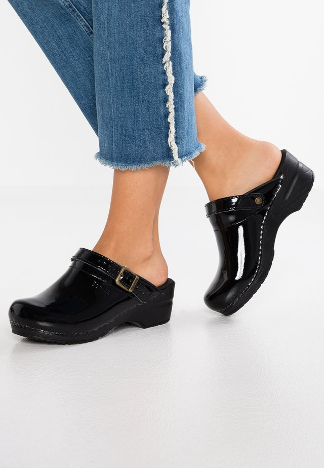 FREYA - Clogs - black