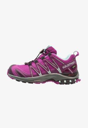 XA PRO 3D GTX - Chaussures de running - hollyhock