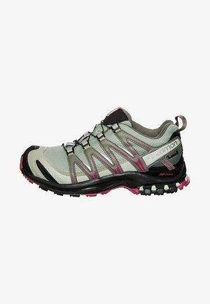 XA PRO 3D GTX - Trail running shoes - shadow/black/sangria