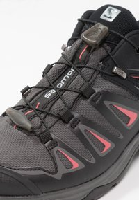 Salomon - X ULTRA 3 GTX  - Hiking shoes - magnet/black/mineral red - 5