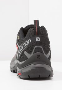 Salomon - X ULTRA 3 GTX  - Hiking shoes - magnet/black/mineral red - 3