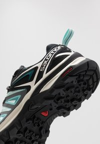 Salomon - X ULTRA 3 GTX  - Hiking shoes - icy morn/meadowbrook/vanilla ice - 5