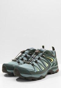 Salomon - X ULTRA 3 GTX  - Hiking shoes - artic/darkest spruce/sunny lime - 2