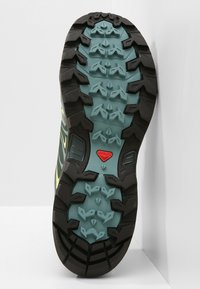 Salomon - X ULTRA 3 GTX  - Hiking shoes - artic/darkest spruce/sunny lime - 4