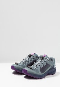 Salomon - XA ELEVATE - Obuwie do biegania Szlak - stormy weather/evening blue/purple magic - 2