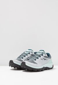 Salomon - OUTLINE GTX - Hiking shoes - pearl blue/icy morn/reflecting pond
