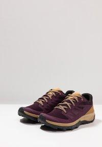 Salomon - OUTLINE - Fjellsko - potent purple/bistre/taos taupe - 2