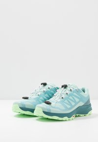 Salomon - XA DISCOVERY - Trail running shoes - icy morn/hydro./patina green - 2