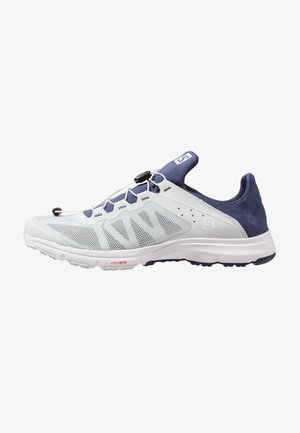 AMPHIB BOLD - Neutral running shoes - illusion blue/crown blue/white