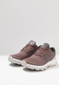 Salomon - OUTBOUND - Chaussures de marche - peppercorn/lunar rock/white - 2