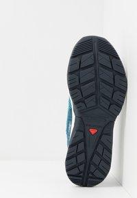 Salomon - TECH LITE - Walking trainers - icy morn/poseidon/navy blazer - 4
