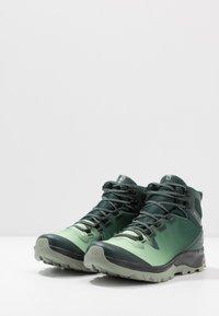 Salomon - VAYA MID GTX - Fjellsko - green gables/spruce stone/shadow - 2