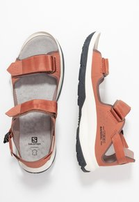 Salomon - TECH FEEL - Outdoorsandalen - cedar wood/peppercorn/ebony - 1