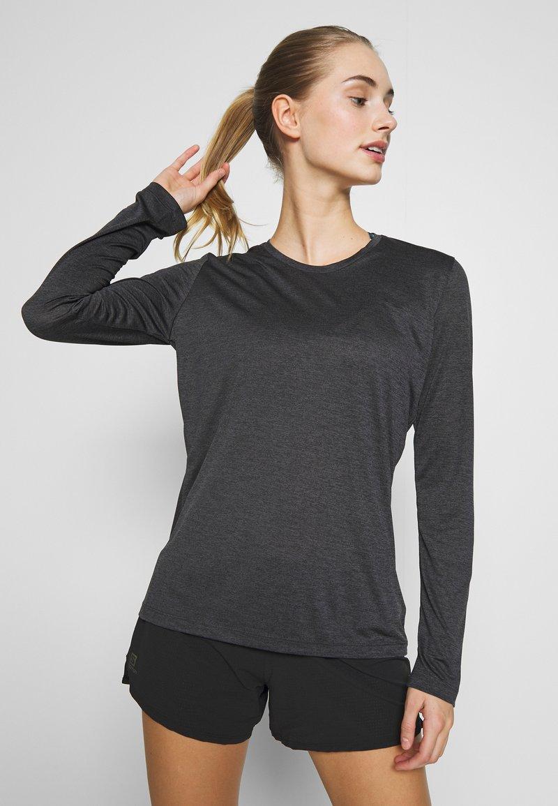 Salomon - AGILE TEE - Sports shirt - ebony/black/heather
