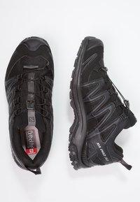 Salomon - XA PRO 3D GTX - Trail running shoes - black/magnet - 1