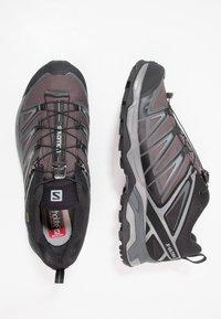Salomon - X ULTRA 3 GTX - Vaelluskengät - black/magnet/quiet shade - 1