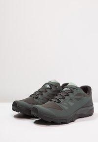 Salomon - OUTLINE GTX - Hiking shoes - urban chic/black/green milieu - 2