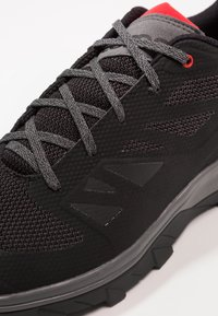Salomon - OUTLINE - Hiking shoes - black/quiet shade/high risk red - 5