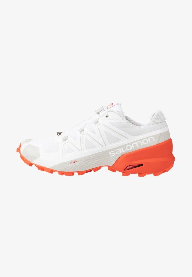 SPEEDCROSS 5 - Běžecké boty do terénu - white/cherry tomato
