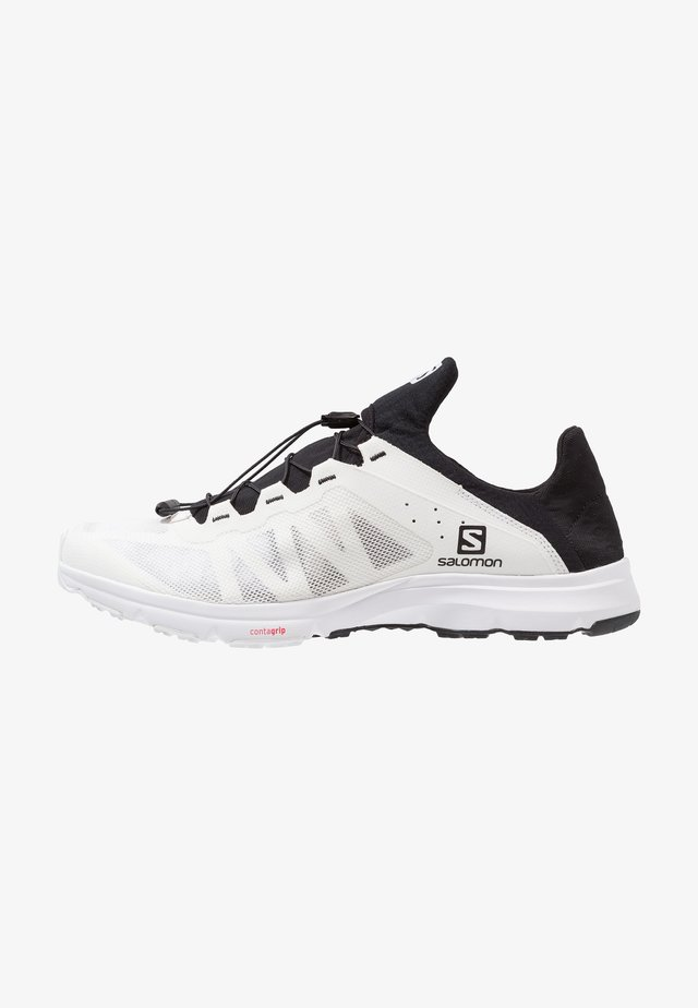 AMPHIB BOLD - Outdoorschoenen - white/black