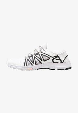CROSSAMPHIBIAN SWIFT 2 - Hiking shoes - white/black