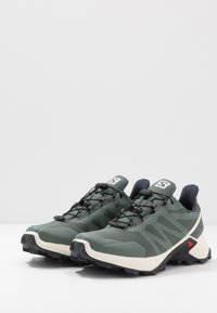 Salomon - SUPERCROSS GTX - Trail running shoes - balsam green/vanilla ice/india ink - 2