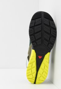 Salomon - TECH AMPHIB 4 - Hiking shoes - green gables/burnt olive/evening primrose - 4