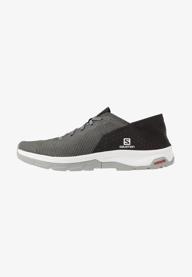 TECH LITE - Scarpe da camminata - quiet shade/black/alloy