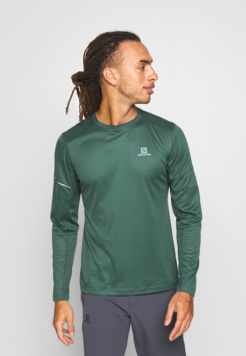Salomon - AGILE TEE - Sports shirt - green gables