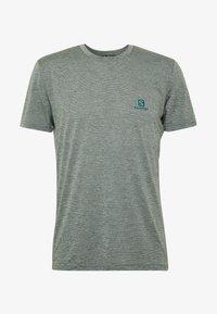 Salomon - EXPLORE TEE - Print T-shirt - balsam green - 3