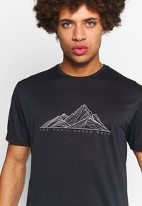 Salomon - AGILE GRAPHIC TEE  - T-shirt med print - black/heather - 4