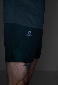 Salomon - AGILE SHORT  - Pantalón corto de deporte - green gables - 4