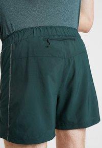 Salomon - AGILE SHORT  - Pantalón corto de deporte - green gables - 3