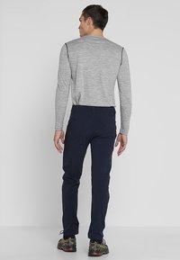 Salomon - WAYFARER TAPERED PANT - Outdoor trousers - night sky - 2
