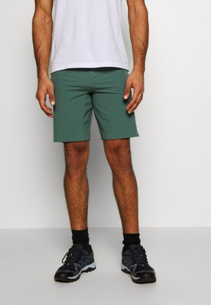 WAYFARER PULL ON SHORT - Szorty trekkingowe - balsam green
