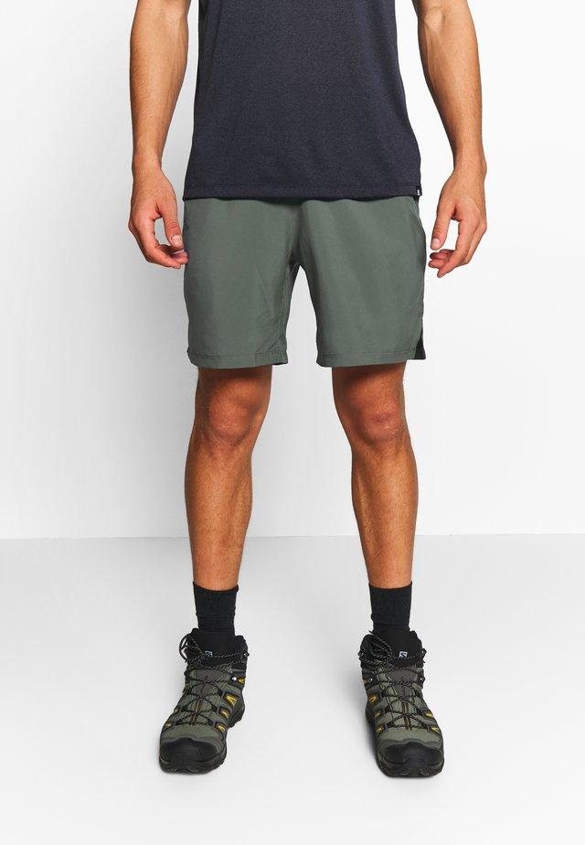 TRAINING SHORT - Sports shorts - balsam green