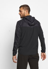 Salomon - AGILE HOODIE - Outdoor jacket - black - 2