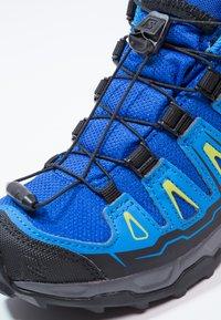 Salomon - X-ULTRA MID GTX - Outdoorschoenen - bleu/noir - 5