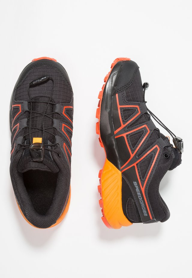 SPEEDCROSS CSWP - Hiking shoes - black/tangelo/cherry tomato