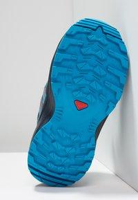 Salomon - XA PRO 3D CSWP - Outdoorschoenen - navy blazer/mallard blue/hawaiian surf - 5
