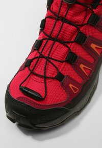 Salomon - X-ULTRA MID GTX - Outdoorschoenen - virtual pink/beet red/living coral - 2